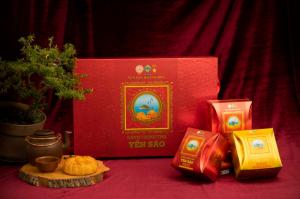 Bánh trung thu Yến Sào Khánh Hòa hộp 2 bánh x 120gr (1 Nhân mềm, 1 thập cẩm)