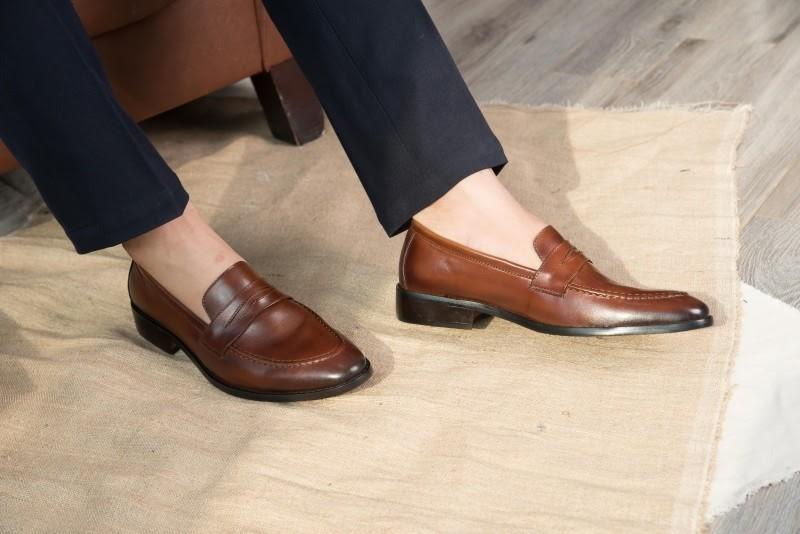 DoloMen ra mắt mẫu giày da mới trong BST màu đông 2020