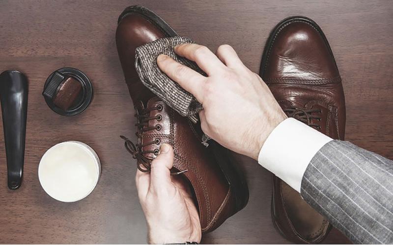 Tuyệt chiêu bảo quản giày lười nam