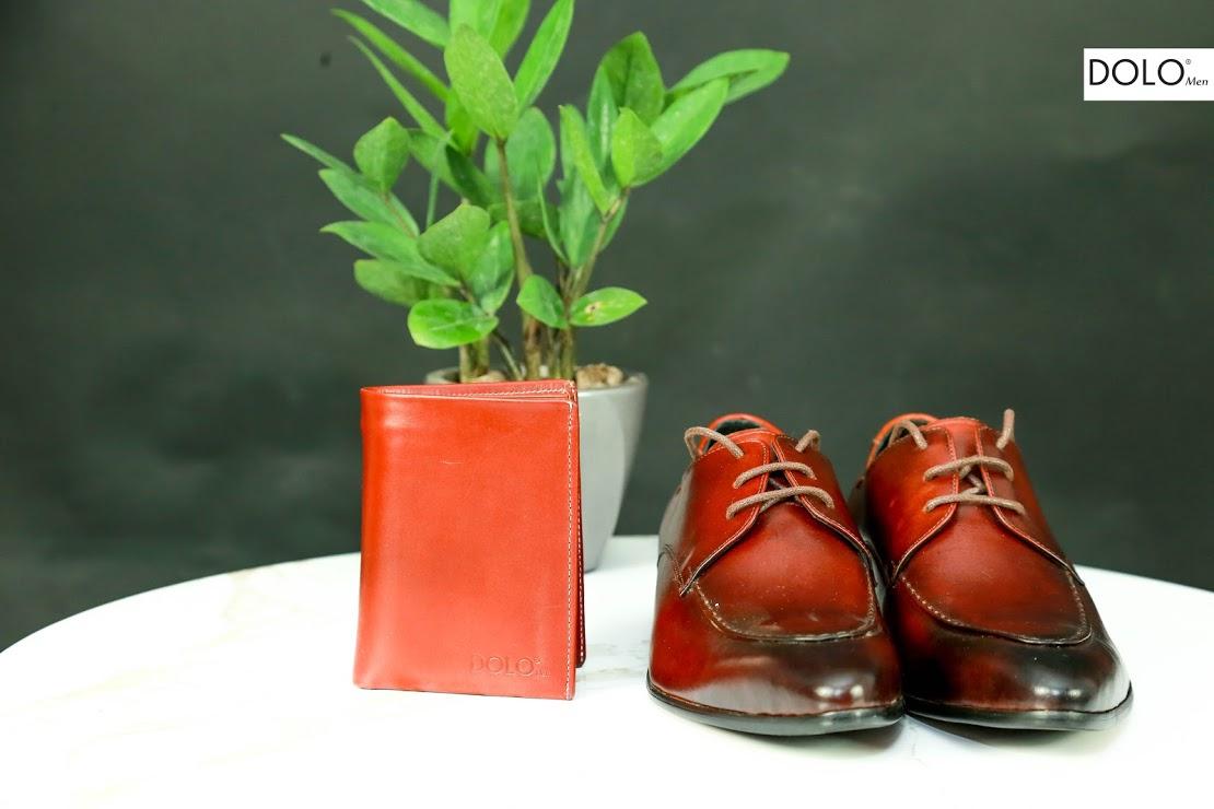 Giày da buộc dây sang trọng