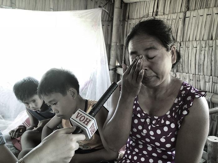 """Radio kỳ 350: """"Mẹ ơi, đừng khóc nữa!"""""""