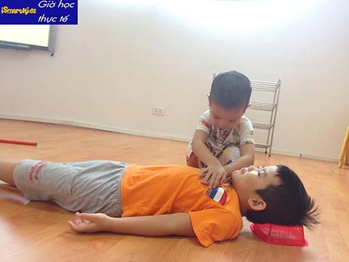 kỹ năng sống cần thiết cho trẻ mầm non