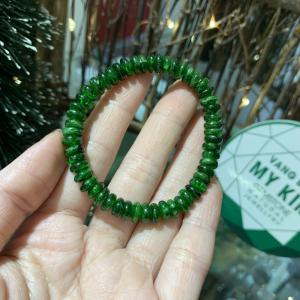 Vòng đá DIOPSIDE xanh lá