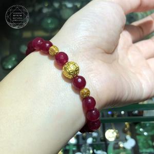 Vòng  tay thạch anh đỏ hồng charm kim tiền bạc mạ vàng 24k