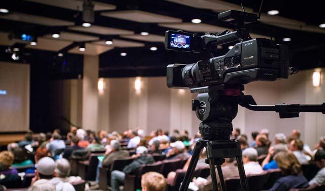 Dịch quay phim sự kiện