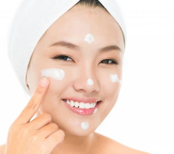 [REVIEW] Top 3 kem dưỡng da dầu mụn được giới làm đẹp đánh giá cao