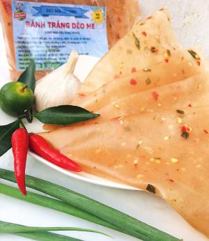 Bánh tráng dẻo me - Đặc sản Tây Ninh