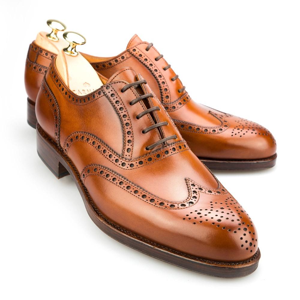 Họa tiết Brogues trong giày da