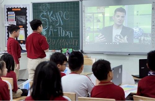 Thi công lắp đặt hệ thống máy chiếu tại Vinschool
