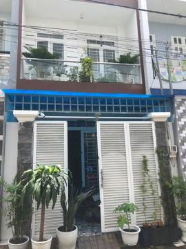 Chính chủ bán gấp nhà Trường Lưu Q9 đang ở,nhà 1 trệt 1 lầu, 2 Phòng ngủ, 2 toilét, dt 4x13,