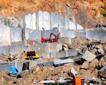Công nghệ khai thác đá khối của Ấn Độ chi phí thấp và hiệu quả cao!