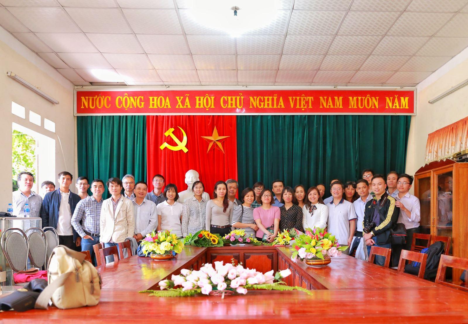 """Chương trình """"Diễn đàn kinh tế"""" của Đài phát thanh VOV phỏng vấn Viện trưởng TS. Nguyễn Trường Thắng"""