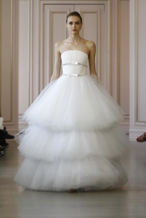 Xu hướng thời trang áo cưới Xuân-Hè 2016